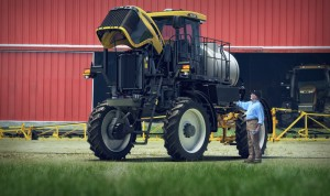 Last spring when the Grybas' RoGator® sprayer malfunctioned in the field, Mike quickly determined it needed a new wheel motor.